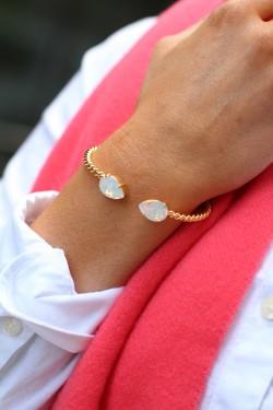 Mini Drop Bracelet White Opal