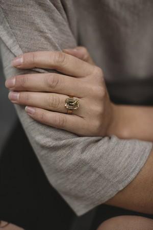Lydia Ring Golden Shadow