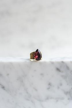 Classic Drop Ring Burgundy