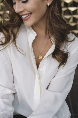 Dainty Necklace Gold