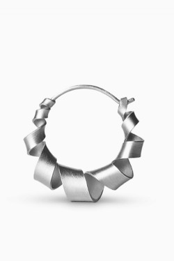 Small Curly Hoop Silver
