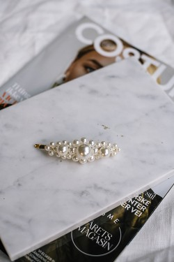 Miss Pearly Hairpin Gold